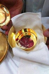 cristo vivo y presente en la eucaristia